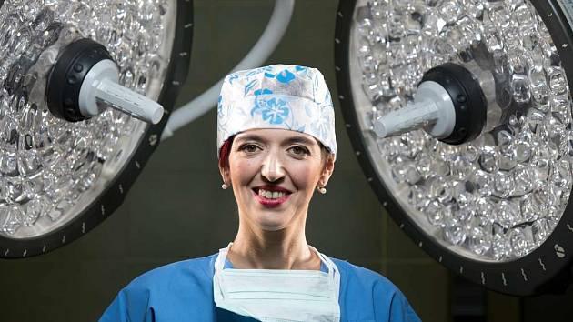 Zdenka Němečková Crkvenjaš, česká lékařka a politička, známá jako vedoucí týmu lékařů popálené Natálie Kudrikové při žhářském útoku ve Vítkově v roce 2009.
