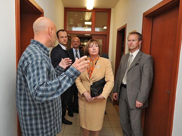 Ivana Zemanová na návštěvě v dětském domově v Ostravě