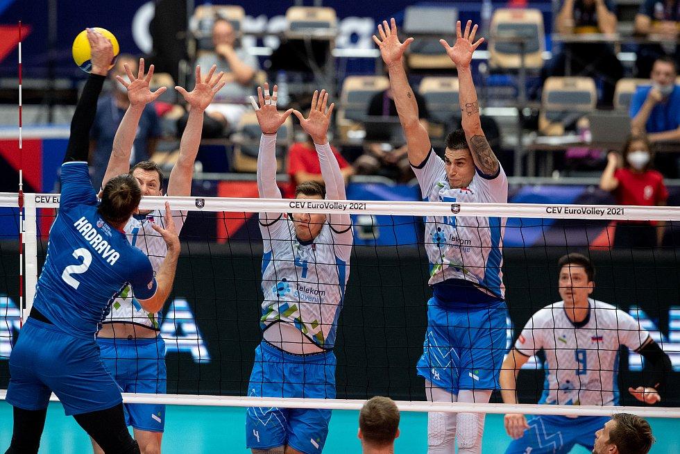 Čtvrtfinále mistrovství Evropy volejbalistů Česko (modré dresy) - Slovinsko, 15. září 2021 v Ostravě.