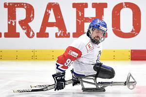 Parahokejisté prohráli na domácím MS i třetí zápas ve skupině. S favorizovanou Kanadou utrpěli debakl 0:10.