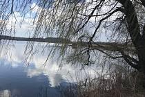 Velikonoce u Heřmanického rybníku v Ostravě.