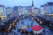 Vánoční Masarykovo náměstí v centru Ostravy. Ilustrační foto.