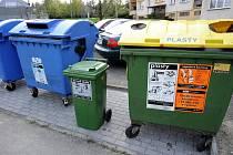 Ve Slezské Ostravě, například na sídlišti Muglinov, jsou rozmístěny speciální kontejnery na kovové obaly.