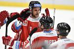 Utkání 1. kola hokejové extraligy: HC Vítkovice Ridera - HC Olomouc, 13. září v Ostravě. Na snímku (střed) David Škůrek.