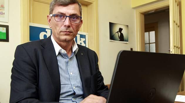 Ředitel hasičského záchranného sboru našeho kraje Zdeněk Nytra, nezávislý kandidát do Senátu v ostravské redakci Deníku.