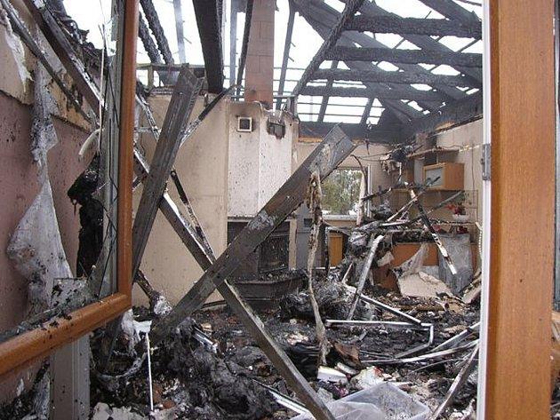 V sobotu 6. dubna hořela střecha rodinného domu v Šenově u Ostravy.