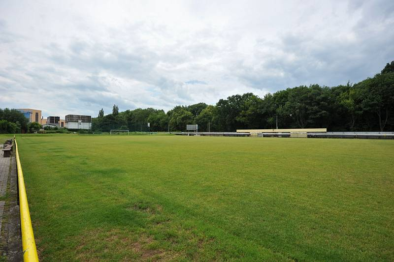 TJ Slovan Ostrava by do dvou let z chátrajícího areálu v Hulvákách rád udělal moderní sportoviště.