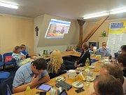 Krajští lidovci se sjeli do Frýdku-Místku, aby sledovali vývoj výsledků voleb.