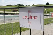 Tošovické přírodní koupaliště bylo po tragédii uzavřeno, 13. srpna 2021.