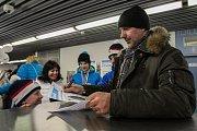 Olympijský festival u Ostravar arény.Stánek Deníku navštívil bývalý hokejový reprezentant Vladimír Vůjtek ml.