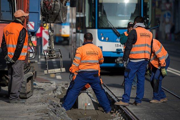 Rekonstrukce zastávky Stodolní, 9. října 2018 v Ostravě.