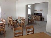 V budově s jediným obchodem v obci dnes sídlí i zbyslavické Komunitní centrum.