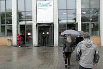 Očkovací centrum proti koronaviru je na výstavišti Černá louka v Ostravě, 17. května 2021.