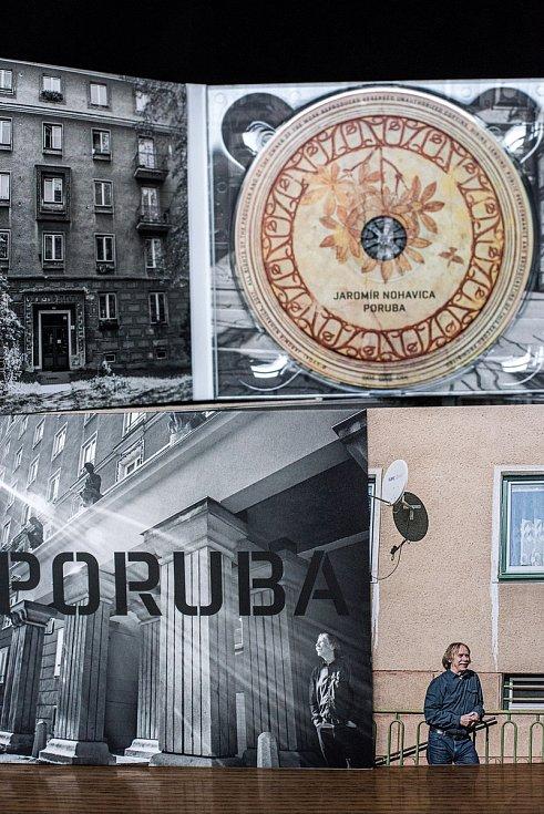 V pořadí už třinácté řadové CD Jaromíra Nohavici nese název Poruba.