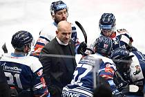 POPRVÉ DOMA! Hokejisté Vítkovic se premiérově v sezoně představí doma. Trenér Miloš Holaň se na to těší.