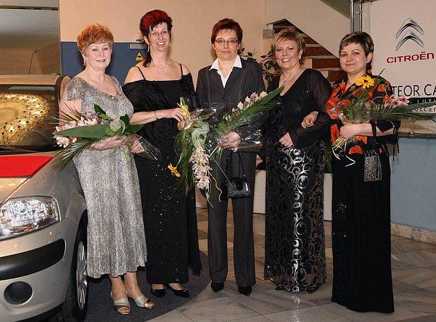 Vétězky v kategoriích: Olga Wolfová (vpravo), Táňa Bártová (uprostřed), Darja Waczyńska (druhá zleva) a Anna Sekaninová (vlevo).