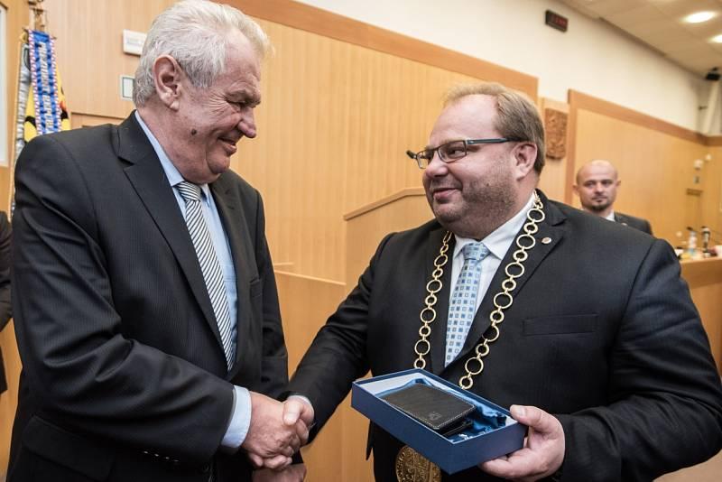 Prezident Miloš Zeman na návštěvě krajského úřadu v Ostravě.