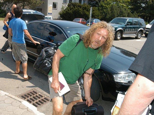 Robert Plant v Ostravě na Colours of Ostrava v roce 2006.