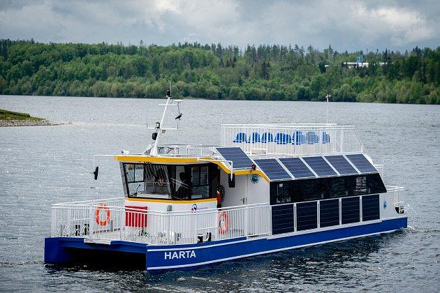 Novou turistickou atrakci bude mít od června 2019vodní nádrž Slezská Harta na Bruntálsku. Turisty po ní bude vozit elektroloď, 20.května 2019vLeskovci nad Moravicí.