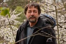 Tomáš Jirman ve volném čase nachází klid v přírodě.