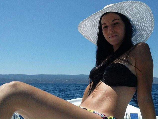Lada Bednářová, 23 let, operátor ve výrobě, Ostrava-Hrabůvka
