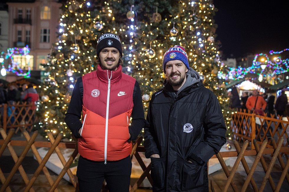 Matěj Stránský (vlevo) a Šimon Stránský (vpravo) poskytly Deníku rozhovor, 17. prosince 2019 v Ostravě.