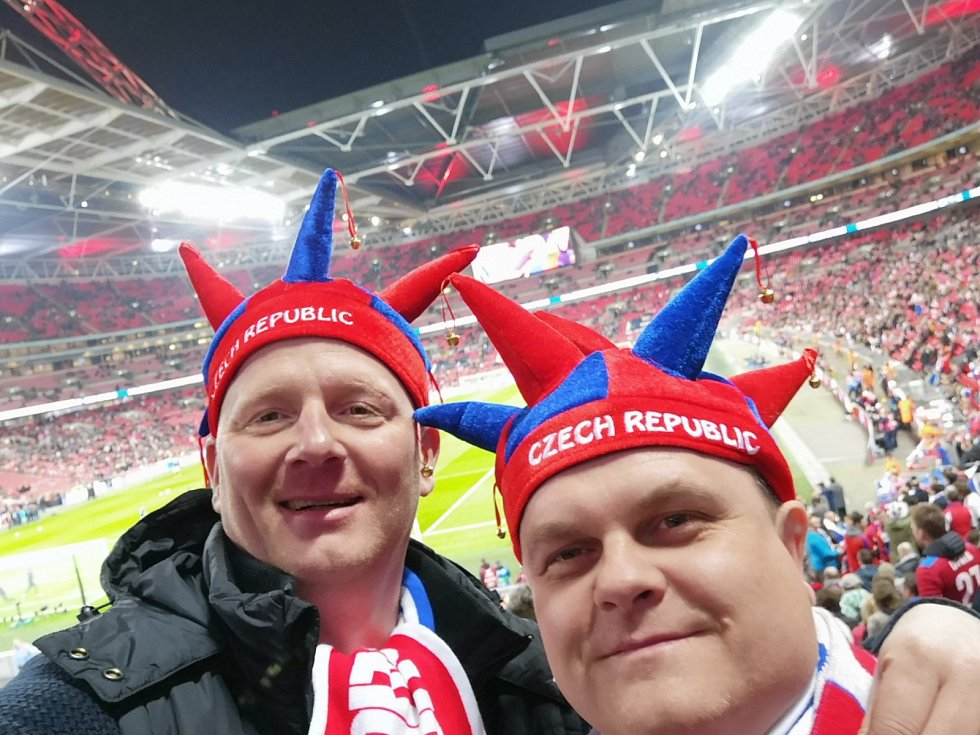 Wembley, 22. března 2019, snímek od fanouška Martina Košaře
