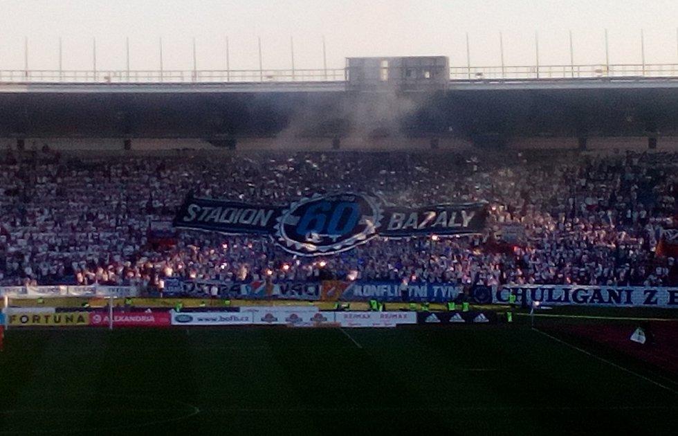 Choreo fanoušků Baníku, slezské derby Ostrava vs. Opava, 21. dubna 2019 v Ostravě.
