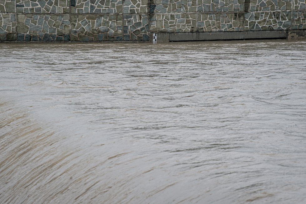 Lidé často kradou záchranné pomůcky u jezů v Moravskoslezském kraji. Zvyšují tím riziko tragédie. Ilustrační foto.