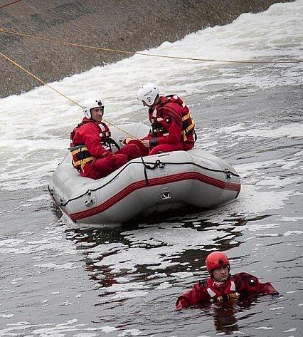 Lidé často kradou záchranné pomůcky ujezů vMoravskoslezském kraji. Zvyšují tím riziko tragédie. Ilustrační foto.