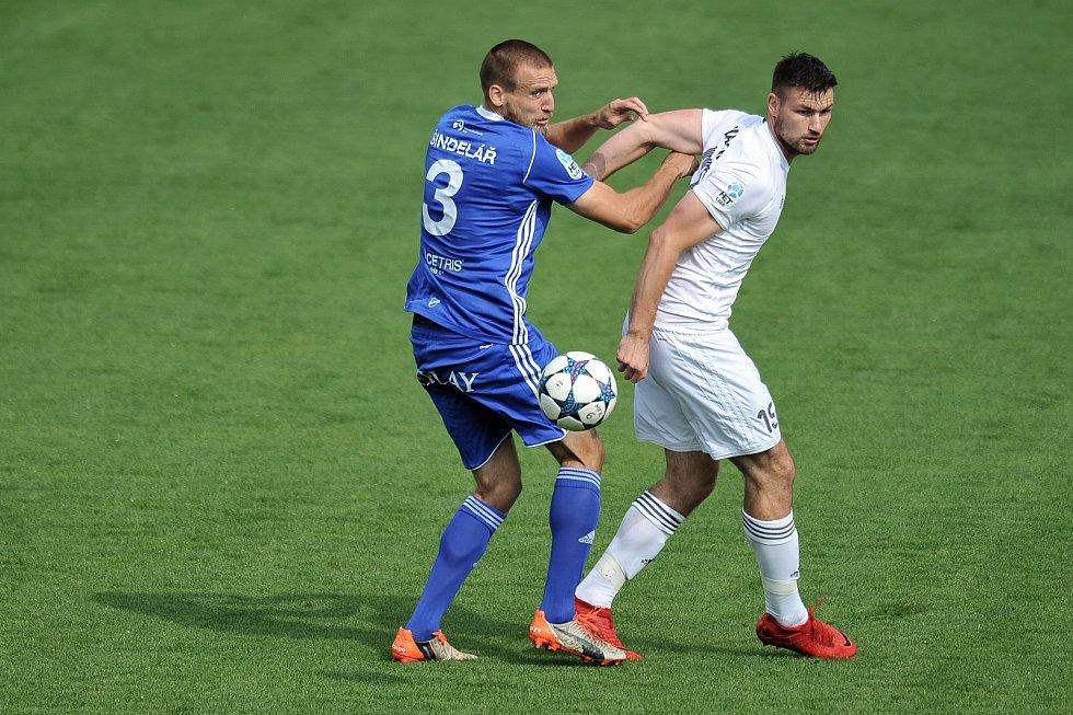 Utkání 29. kola první fotbalové ligy: MFK Karviná - Baník Ostrava, 19. května 2018 v Karviné. (vlevo) Martin Šindelář a Wágner Tomáš.