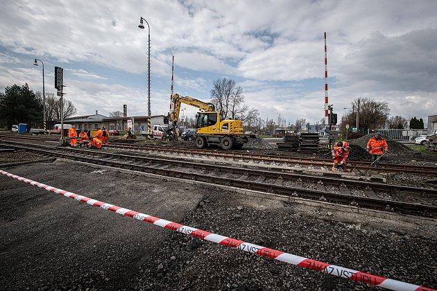 Oprava železničního přejezdu na ulici Buničitá, 23.dubna 2021ve Vratimově