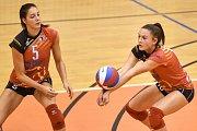 Volejbal, ženy - Ostrava – Frýdek-Místek, 17. října 2018 v Ostravě. Na snímku (zleva) Tereza Diatková a Klára Faltínová.