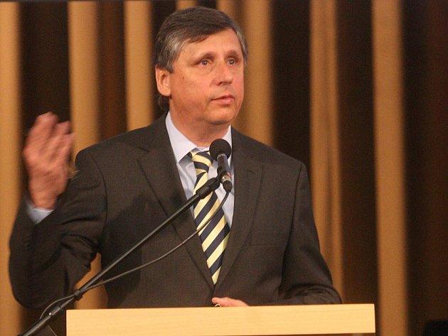 Premiér Jan Fischer.