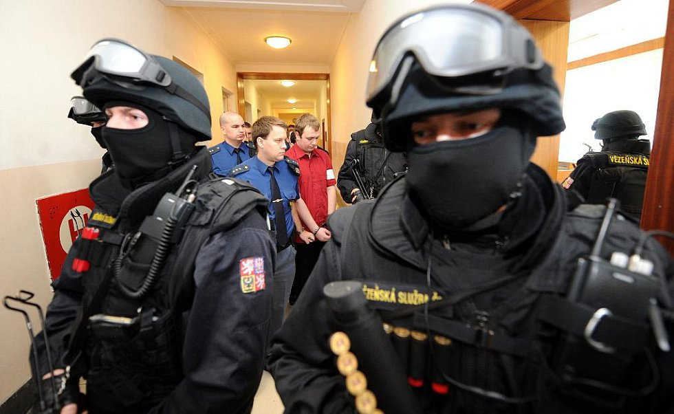 Celý soudní proces provázela silná bezpečnostní opatření.