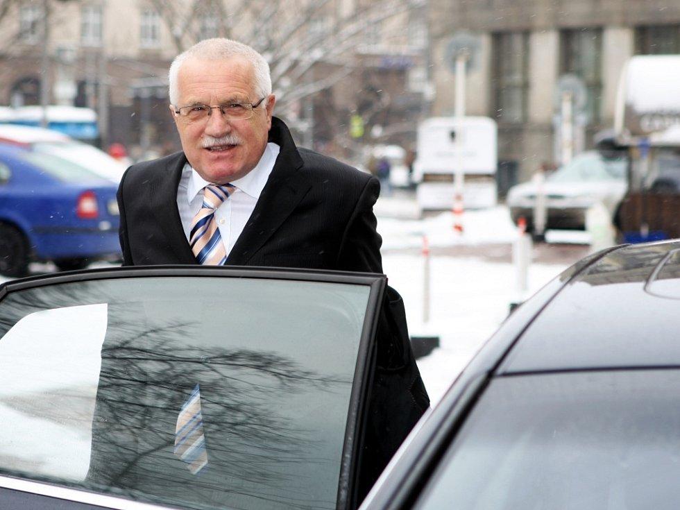 Prezident České republiky Václav Klaus při příjezdu do Ostravy.