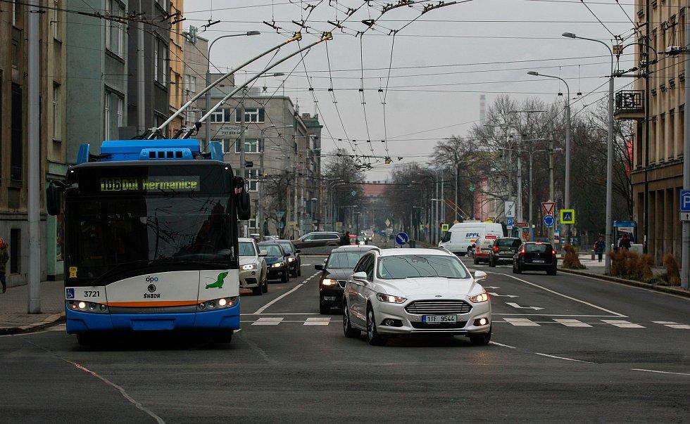 Křižovatka Sokolské třídy s Českobratrskou ulicí v Ostravě