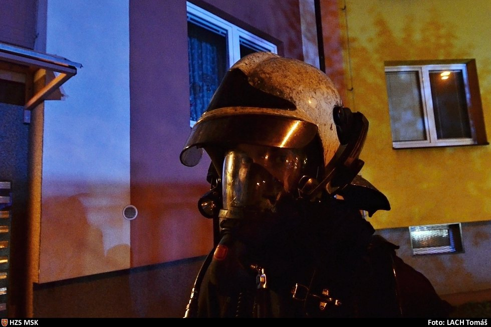 Zásah hasičů u požáru bytu v Moravské Ostravě.