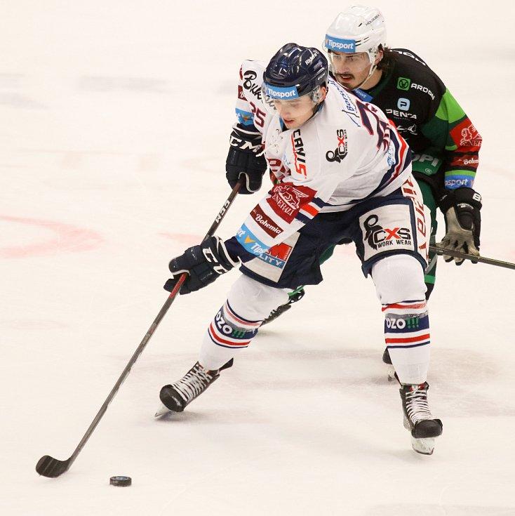 Utkání 35. kola hokejové extraligy: HC Vítkovice Ridera - HC Energie Karlovy Vary, 13. ledna 2019 v Ostravě. Na snímku (zleva) Patrik Zdráhal, Martin Kohout.