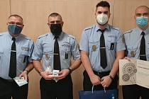 V poněkud komorním prostředí na jednotlivých útvarech Městské policie Ostrava tentokráte proběhlo každoroční oceňování strážníků a zaměstnanců Městské policie Ostrava.