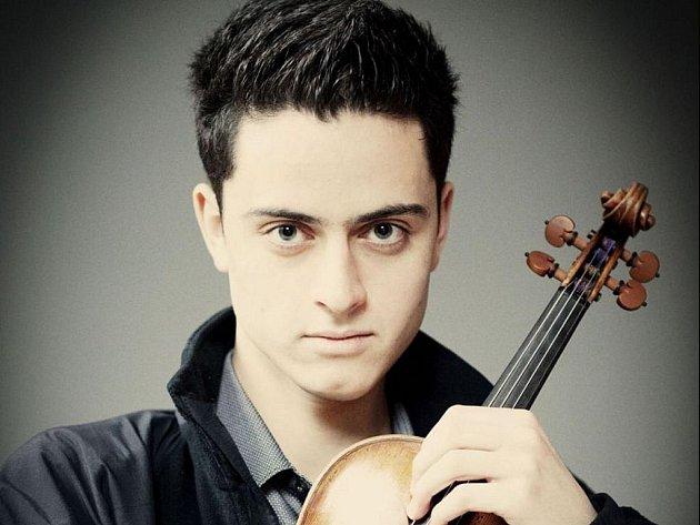 Eugene Ugorski, mladý houslista, se představí na letošním Janáčkově máji.