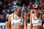 Ženy: Zápas o 3. místo USA - Nizozemsko. FIVB Světové série v plážovém volejbalu J&T Banka Ostrava Beach Open, 2. června 2019 v Ostravě. Na snímku (zleva) Madelein Meppelink (NED), Sanne Keizer (NED).