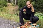 Michaela Havlasová, 30.9 na Bílé - ve třech lidech procházkou po asfaltce kolem lesa cca za 1,5 hodiny.