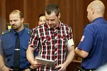 Před trestním senátem stanul Petr Kramný (37 let) z Karviné, který je obžalovaný z dvojnásobné vraždy.