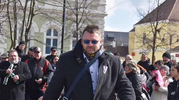 Lubomír Volný vládním číslům nevěří.