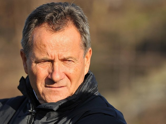 Trenér FC Baník Ostrava František Komňacký.