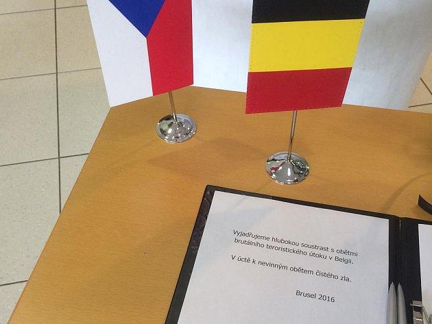 Kondolenční listina v budově Krajského úřadu v Ostravě.