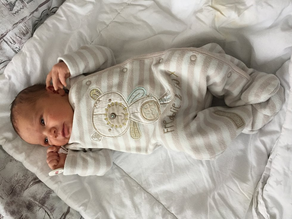 Stela Foltynová se narodila mamince Haně Foltynové v NsP Karviné-Ráji dne 9. 10. 2020. Vážila 3705 g a měřila 50 cm. Foto: archiv rodiny