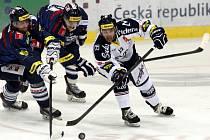 HC Vítkovice Steel - Bílí Tygři Liberec.