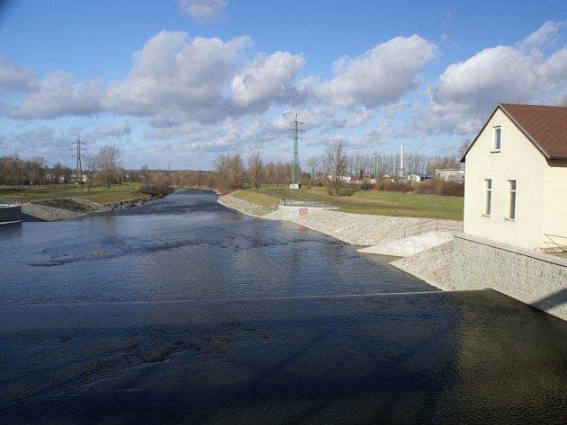 Přibližně v těchto místech se podařilo vrahu Břeňkovi zdolat řeku Odru a uniknout davu pronásledovatelů i střílejícímu četníkovi. Nikdy nebyl dopaden.